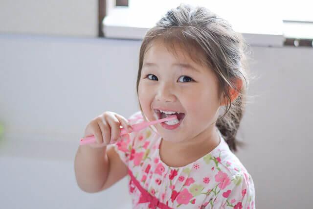 乳歯の歯磨き